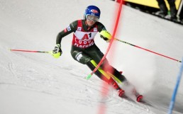 Alpine Skiing - FIS Ski World Cup - Women's Slalom - Flachau, Austria - January 14, 2020 Mikaela Shiffrin of the U.S. in action REUTERS/Lisi Niesner