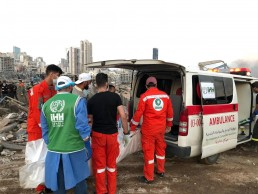 Members of Turkey's Humanitarian Relief Foundation (IHH) help local medics at the site of Tuesday's blast in Beirut's port area, Lebanon August 5, 2020. Humanitarian Relief Foundation (IHH)/Handout via REUTERS