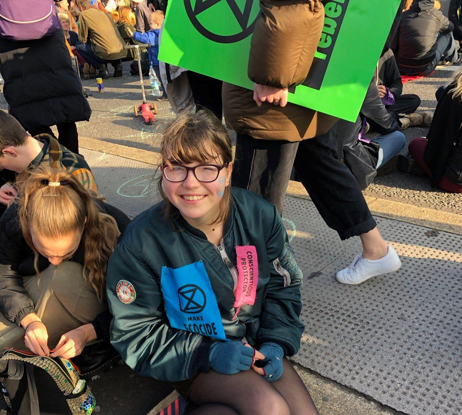 In new book, British teen climate activist urges peers to 'Challenge Everything' - GLOBAL HEROES MAGAZINE
