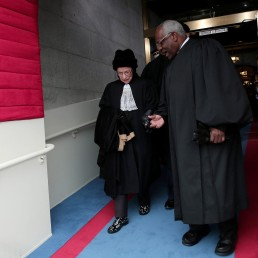 Supreme Court Justices Ruth Bader Ginsburg and Clarence Thomas arrive for the presidential inauguration on the West Front of the U.S. Capitol in Washington January 21, 2013. REUTERS/Win McNamee/Pool