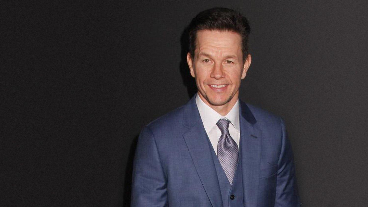 Mark Wahlberg donates 1.3 million face masks to schools - GLOBAL HEROES MAGAZINE