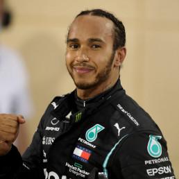 hamilton knighted formula 1 sport