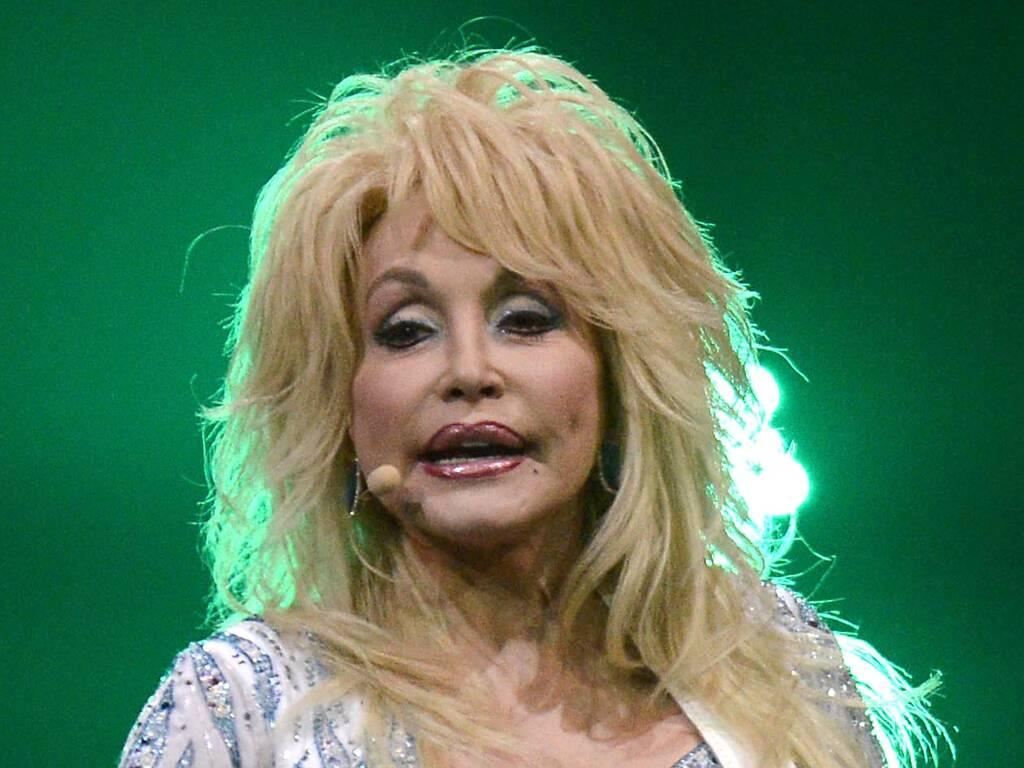 Dolly Parton calls on fans to celebrate her 75th birthday by spreading kindness and love
