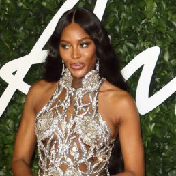 london naomi campbell donating nhs staff