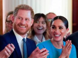 prince harry queen elizabeth princess diana royal family