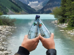002GHN - Clearly Canadian