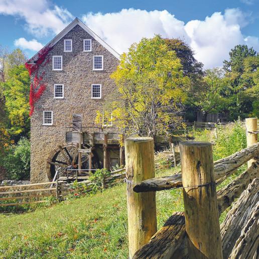002GHN pioneer village